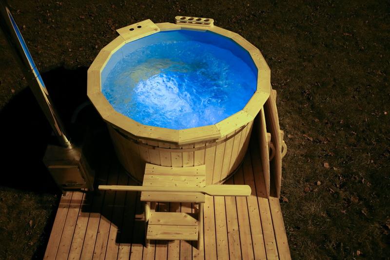 Garden Wooden Hot Tub